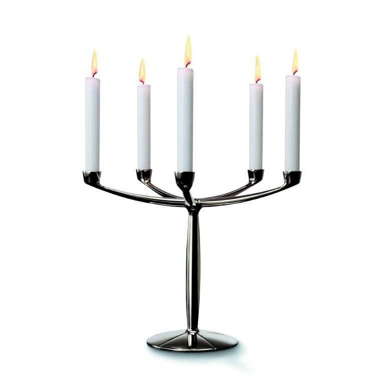 Nuestra seleccion de velas y candeleros son perfectos para sus centros de mesa y decoracion de eventos. Tienen buen precio para que pueda decorar a su gusto sin tener la carga de gastar mucho para. Tenemos una gran linea de candelabros de cristal y metal que son unicamente maravillosamente.